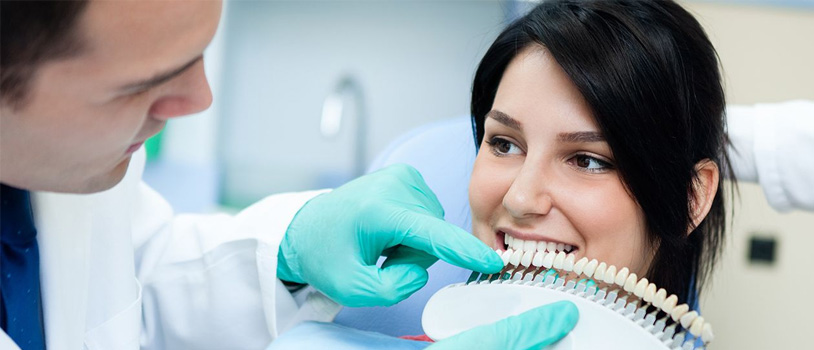smile makeover in Delhi, Bollywood smile makeover, smile dental clinic Delhi, rct treatment, single sitting RCT, dentist in Delhi